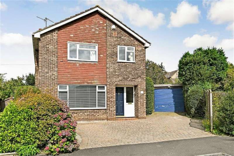 4 Bedrooms Detached House for sale in Dentdale Drive, Knaresborough, North Yorkshire