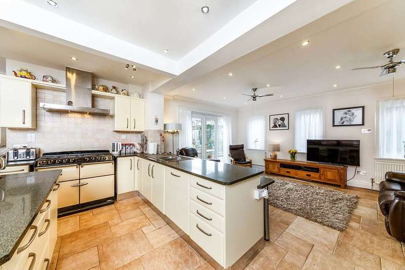 3 Bedrooms Property for sale in Caesars Road, Wheathampstead, St. Albans, AL4