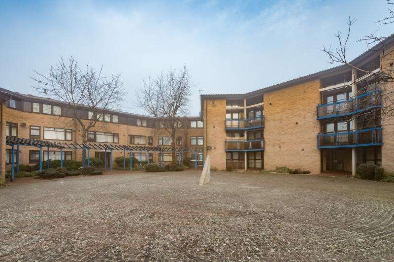 1 Bedroom Apartment Flat for sale in Riverside Court, Long Ford Close, Oxford, Oxfordshire