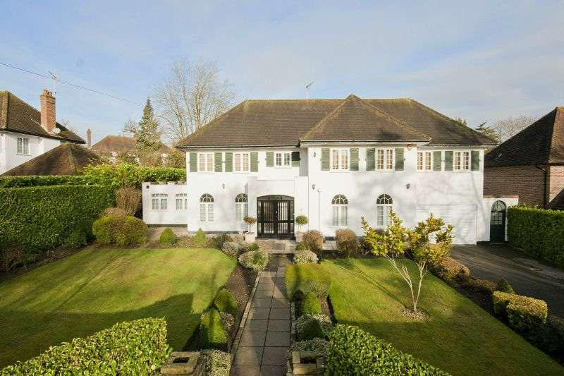 5 Bedrooms Detached House for sale in Main Avenue, Moor Park, Northwood, Middlesex