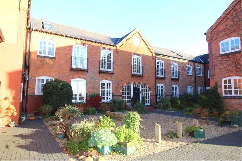 2 Bedrooms Flat for sale in The Courtyard Higham Lane, Stoke Golding, Nuneaton, CV13