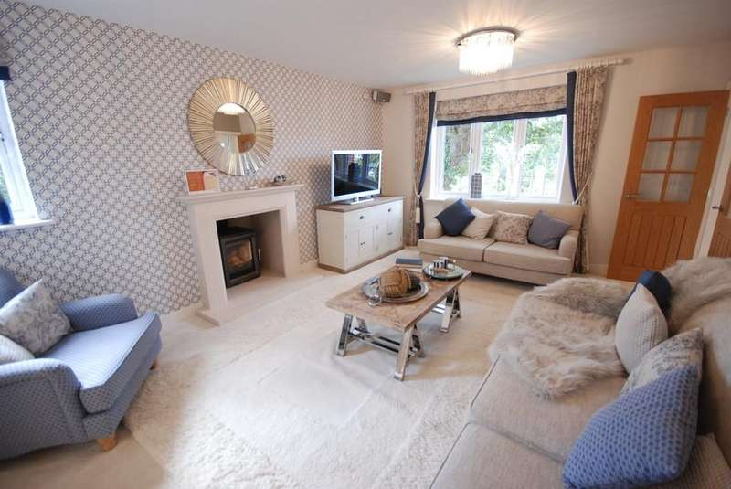 5 Bedrooms Detached House for sale in Woodberry Down Way, Lyme Regis