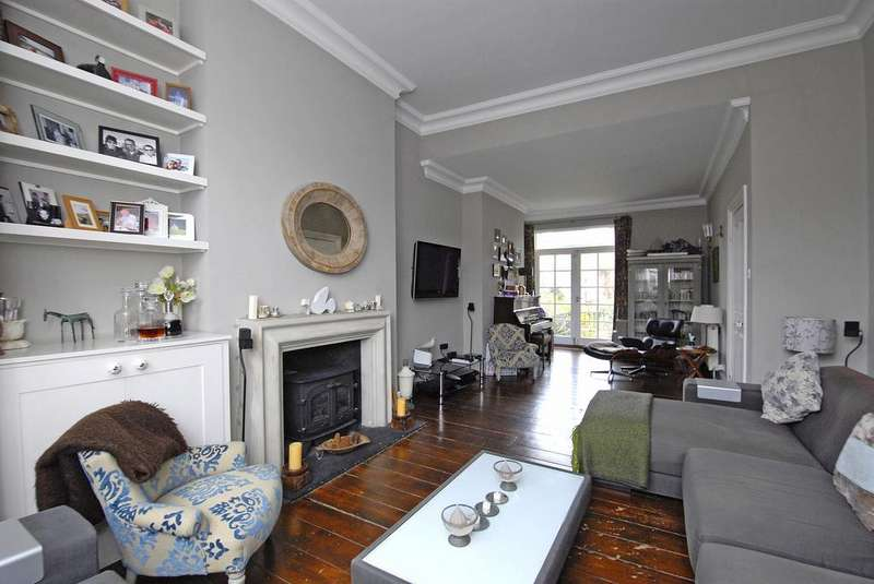 5 Bedrooms Semi Detached House for sale in Barry Road ,
