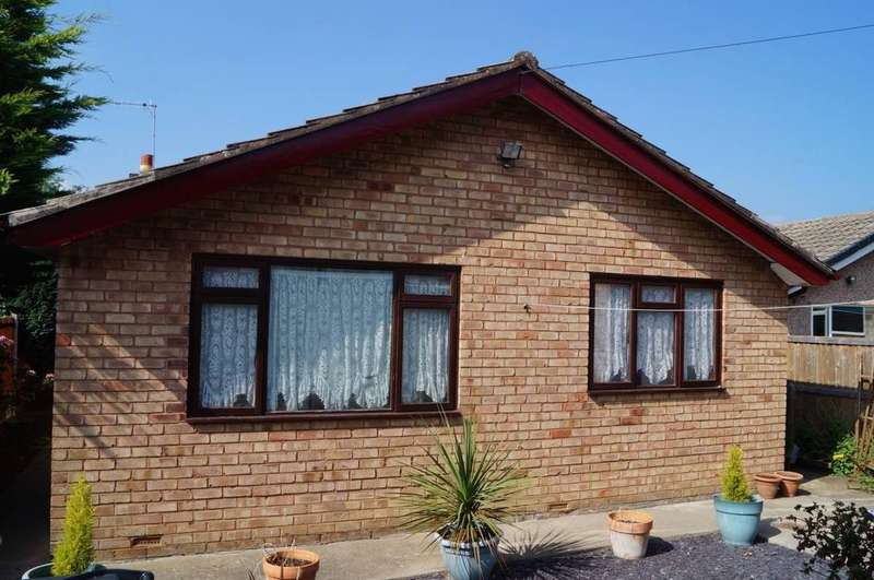 3 Bedrooms Detached Bungalow for sale in 7 Dol Goed, Llandudno Junction, LL31 9LH