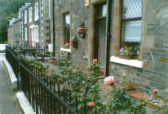 3 Bedrooms Flat for sale in Thornbank, 92 Ettrick Terrace, Selkirk, TD7 4JP