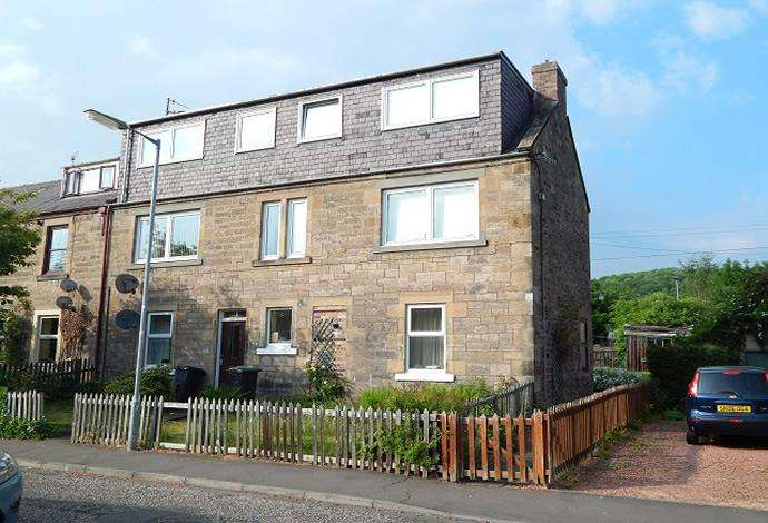 2 Bedrooms Flat for sale in 180 Croft Street, Galashiels, TD1 3BS