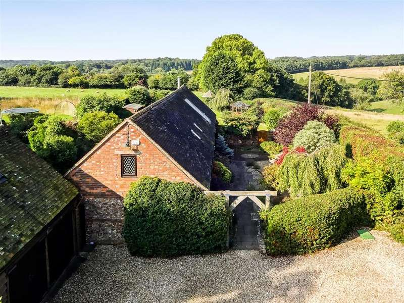 3 Bedrooms Detached House for sale in Russells Water, Henley-On-Thames