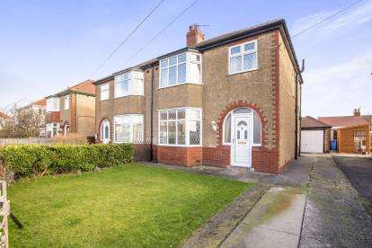 3 Bedrooms Semi Detached House for sale in Norfolk Avenue, Thornton-Cleveleys, Lancashire, ., FY5