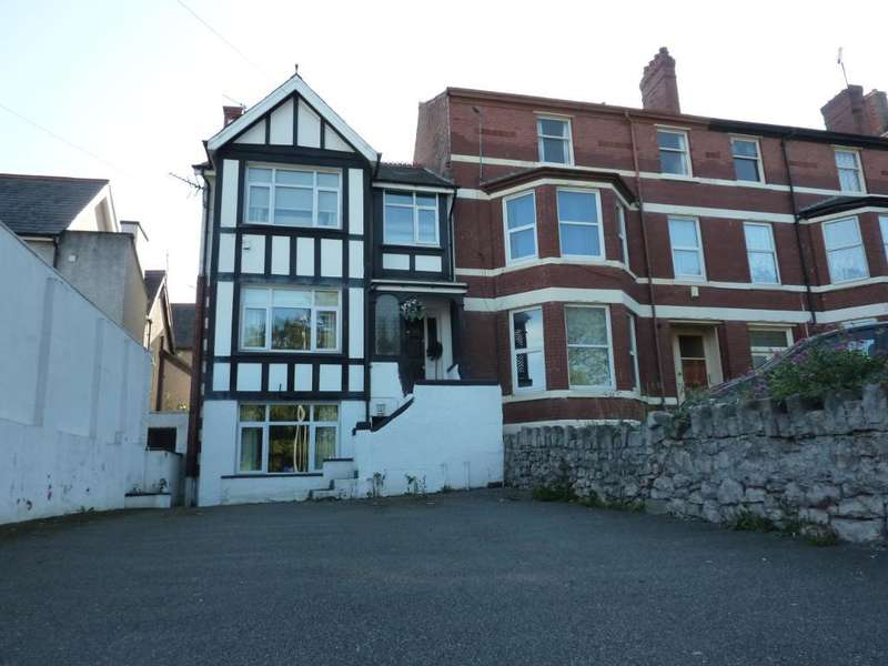 4 Bedrooms End Of Terrace House for sale in Bay View Road, Colwyn Bay, Conwy, LL29 8DW