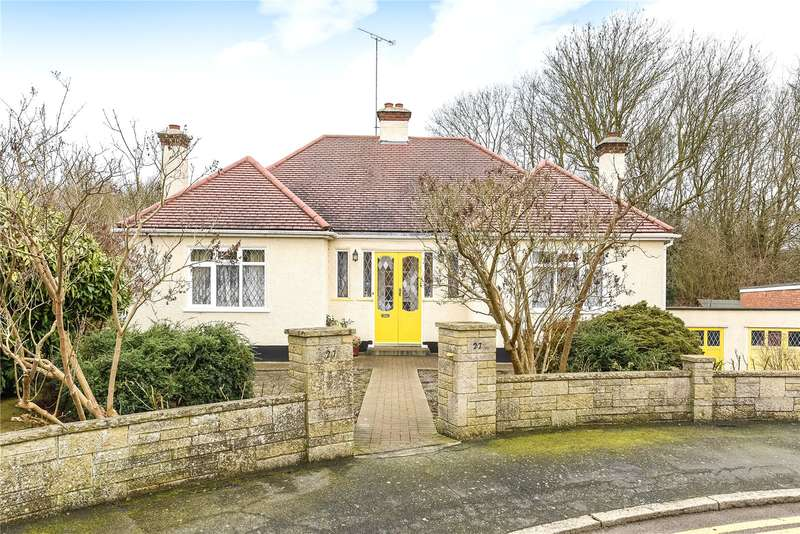 3 Bedrooms Bungalow for sale in The Glen, Village Way, Pinner, Middlesex, HA5