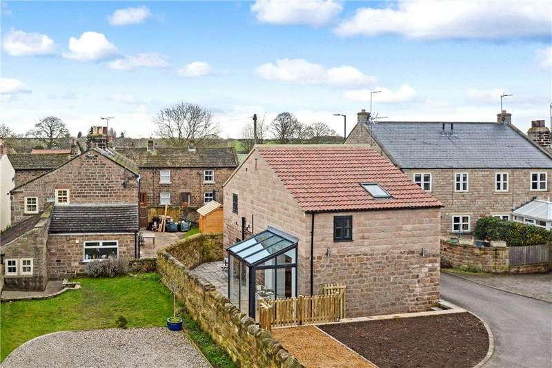 2 Bedrooms House for sale in High Street, Spofforth, Harrogate, North Yorkshire