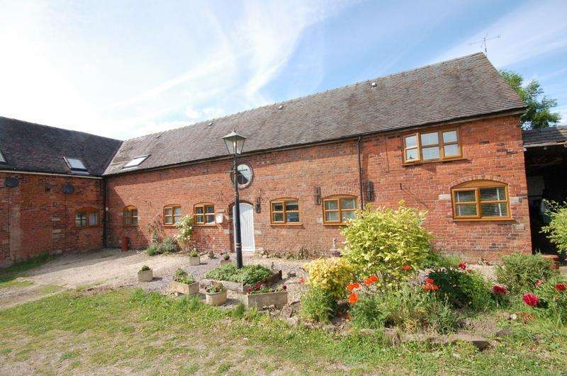 4 Bedrooms Barn Conversion Character Property for sale in Park Farm, Audley