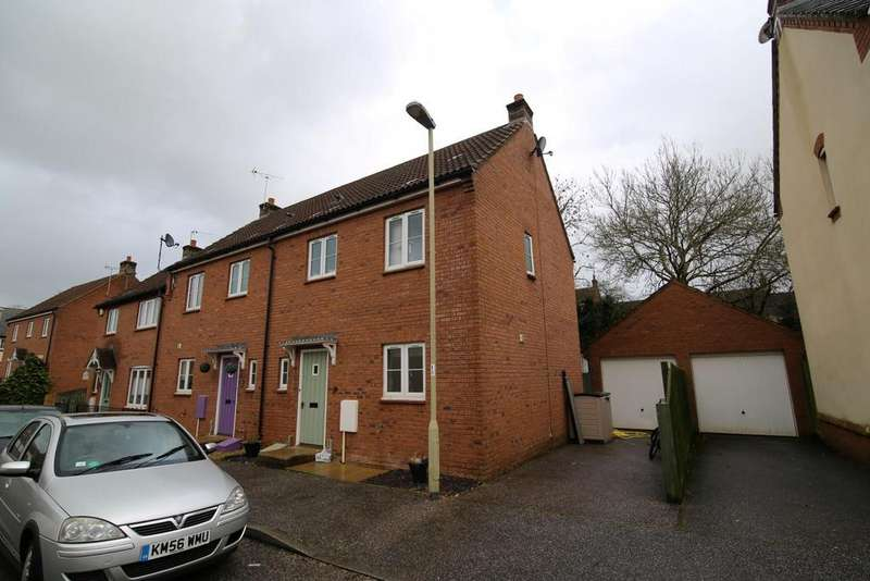 3 Bedrooms Semi Detached House for sale in Hawks Drive, Tiverton