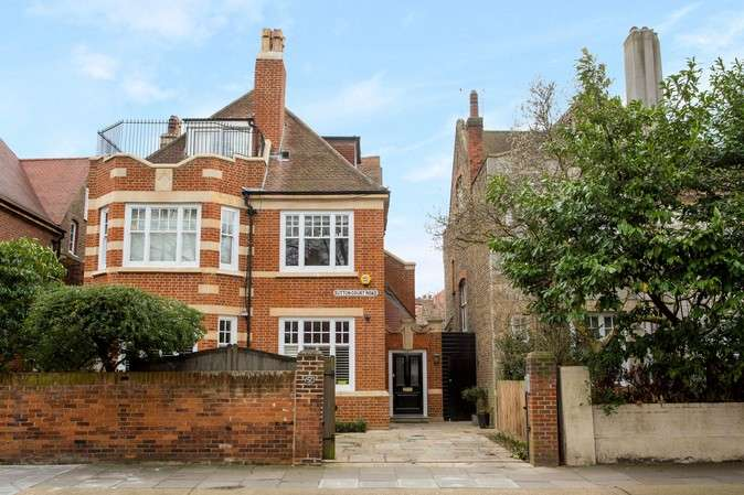 6 Bedrooms Detached House for sale in Sutton Court Road, Chiswick