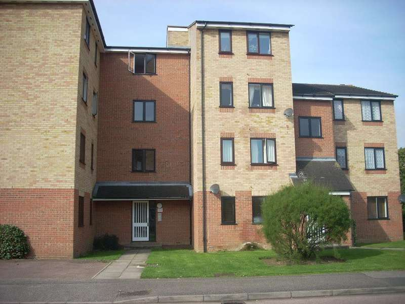 Studio Flat for sale in Prestatyn Close, Stevenage