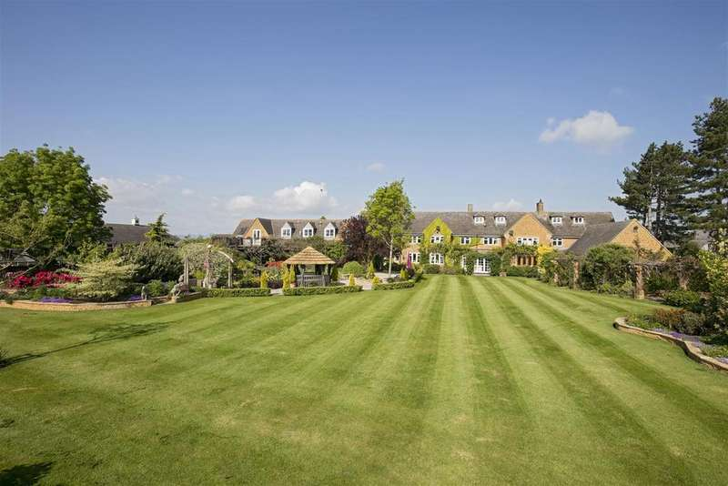5 Bedrooms Country House Character Property for sale in Stonecroft House, Oxhill, South Warkwickshire