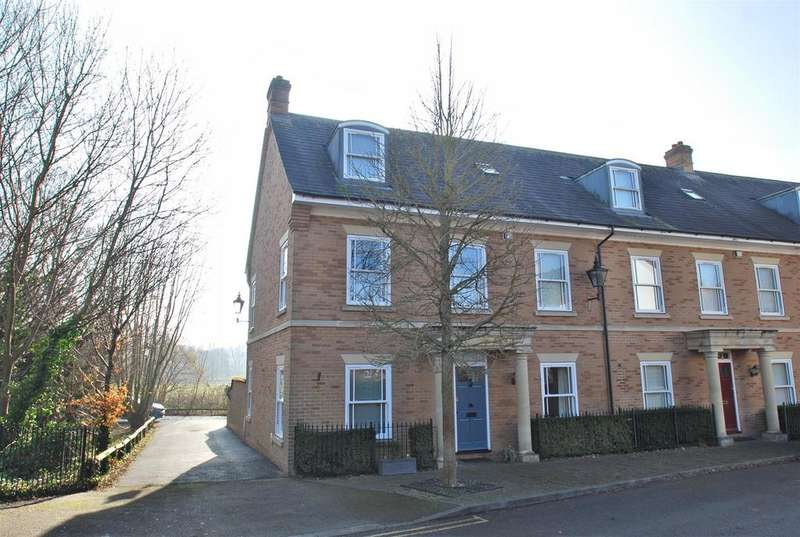 4 Bedrooms End Of Terrace House for sale in Corsbie Close