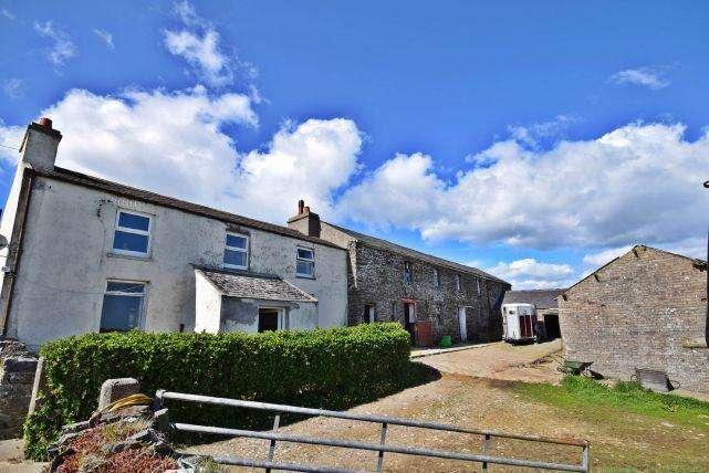 3 Bedrooms House for sale in Oatlands Road, Santon, IM4 1ED