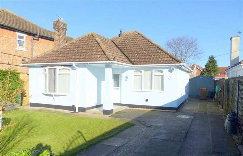 2 Bedrooms Detached Bungalow for sale in Humberston Road, Cleethorpes, North East Lincolnshire