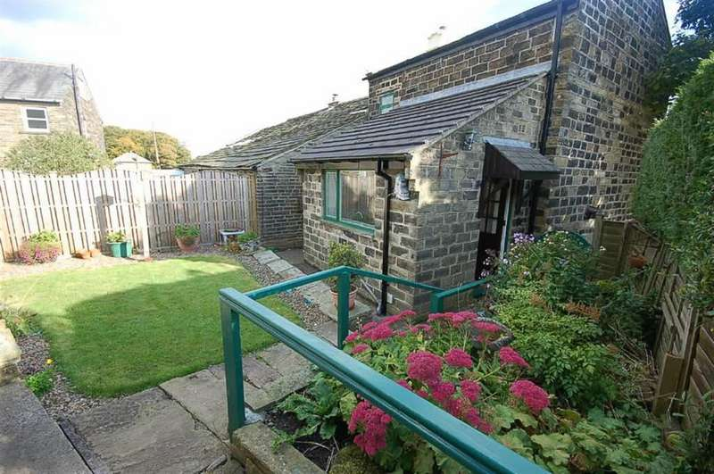 2 Bedrooms Cottage House for sale in Carr House Lane, Halifax