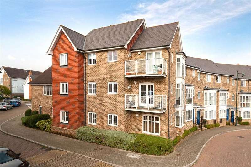 2 Bedrooms Apartment Flat for sale in Milton Lane, Kings Hill, ME19 4JJ