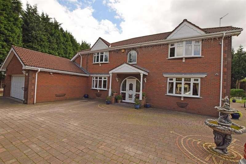 4 Bedrooms Detached House for sale in Off Elleray Road, Alkrington, Middleton, Manchester