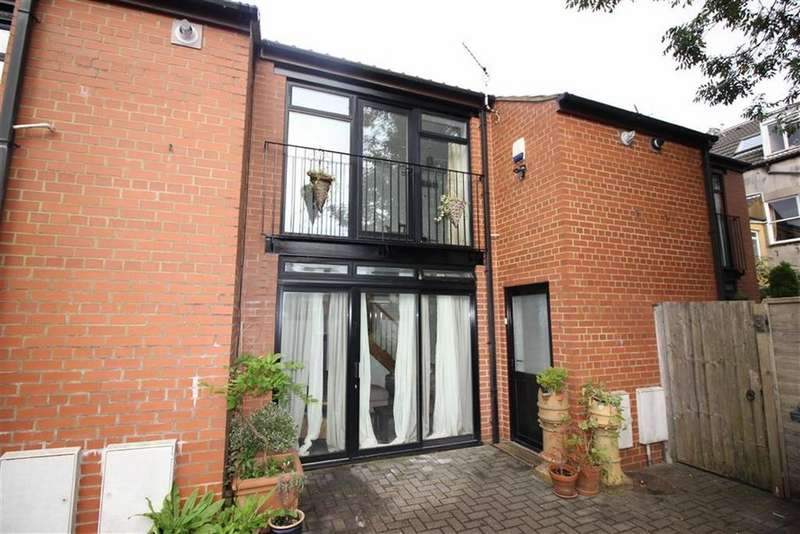 2 Bedrooms Apartment Flat for sale in Cardigan Mews, Henleaze, Bristol