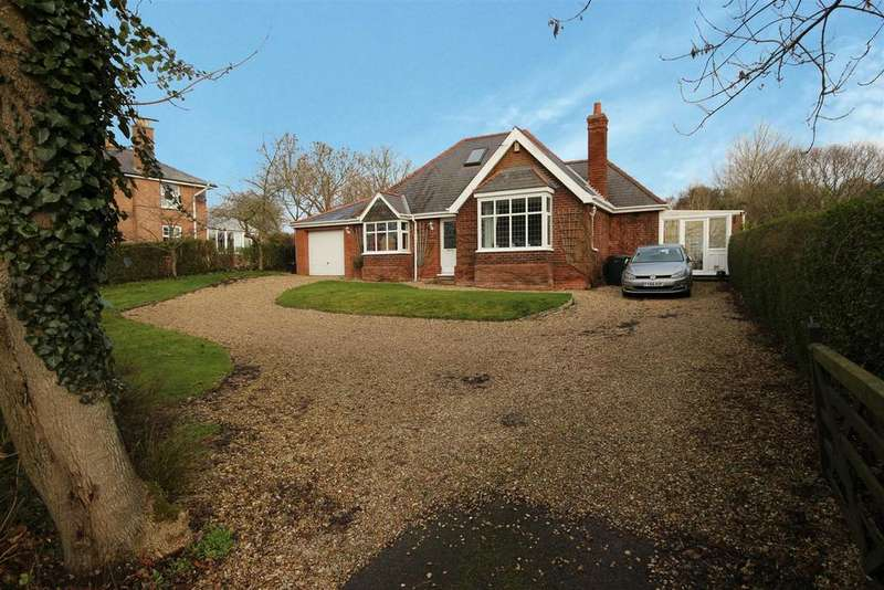 3 Bedrooms Detached Bungalow for sale in Avondale, Main Road, Saltfleet, Louth