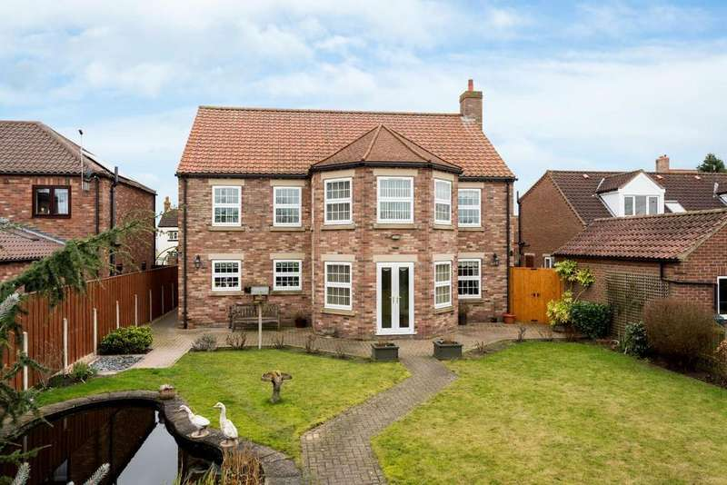 4 Bedrooms Detached House for sale in York Road, Cliffe, Selby