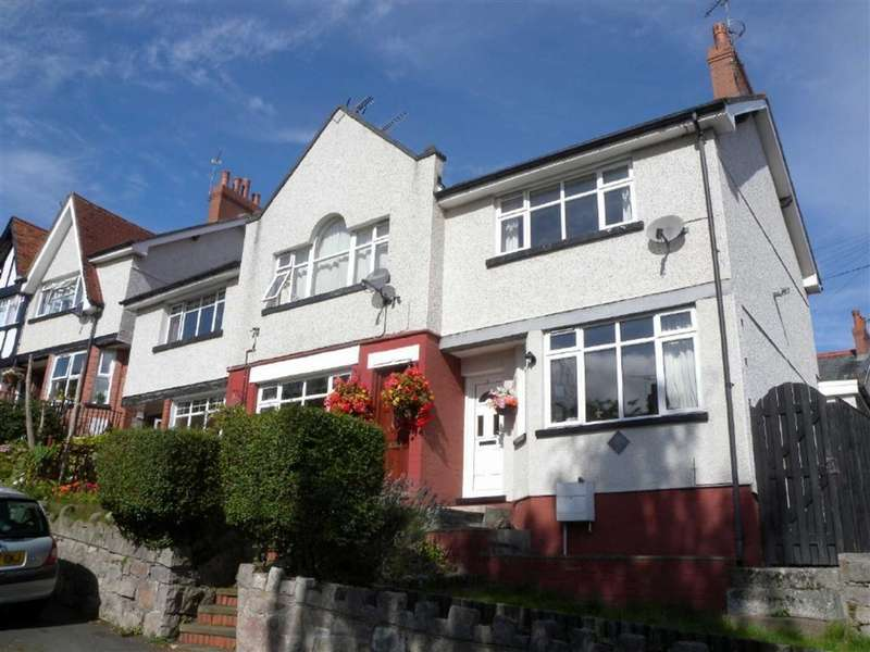 2 Bedrooms Terraced House for sale in The Close, Colwyn Bay