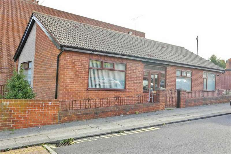 2 Bedrooms Detached Bungalow for sale in The Westlands, High Barnes, Sunderland, SR4