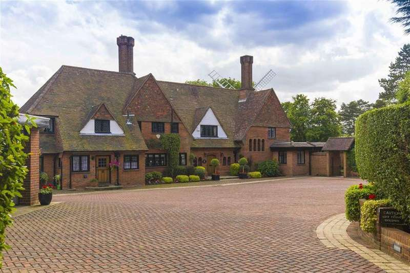 5 Bedrooms Detached House for sale in Windmill Lane, Arkley, Hertfordshire