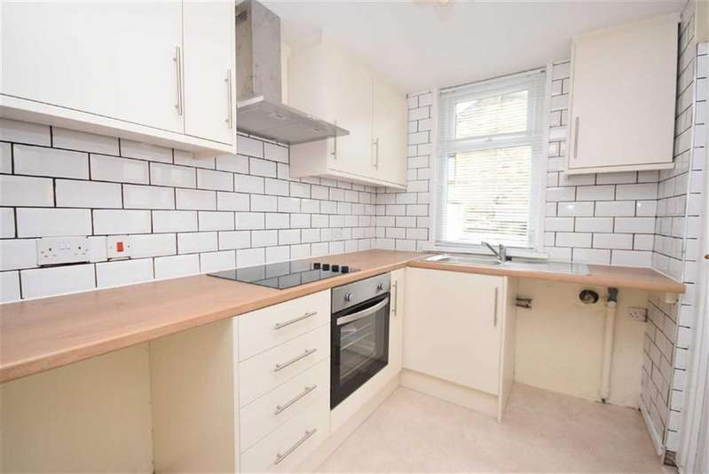 3 Bedrooms Terraced House for sale in Bedford Street, Barrowford, Lancashire