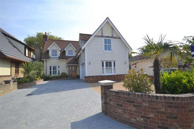 4 Bedrooms Detached House for sale in Mount View Crescent, St Lawrence, Essex