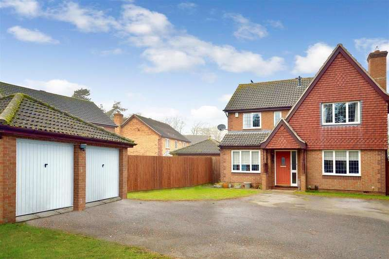 4 Bedrooms Detached House for sale in Worcester Close, Bracebridge Heath, Lincoln