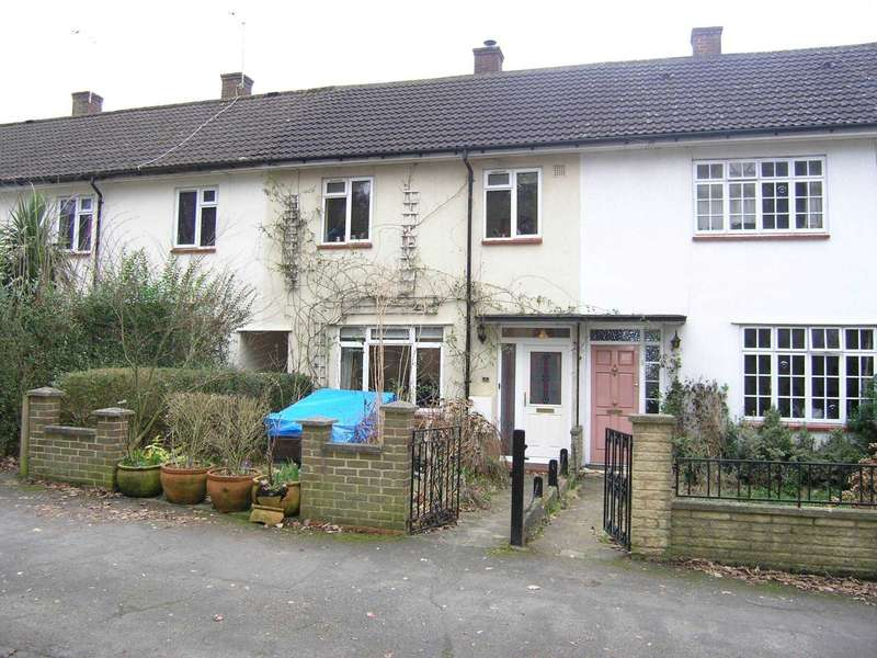 Terraced House for sale in Seacroft Gardens, South Oxhey