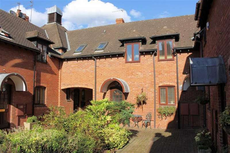 3 Bedrooms Mews House for sale in Beverley Road, Leamington Spa, CV32