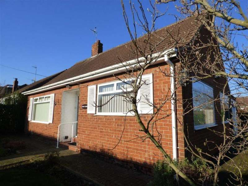 2 Bedrooms Detached Bungalow for sale in Hawthorne Avenue, Willerby, East Yorkshire, HU10