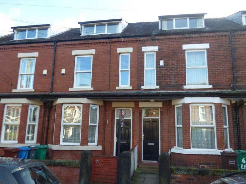 4 Bedrooms House for rent in Leopold Avenue, West Didsbury, M20 1JL
