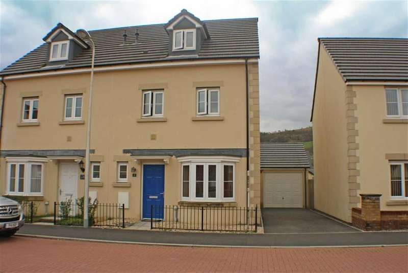 4 Bedrooms Semi Detached House for sale in Glan Yr Afon, Aberdare