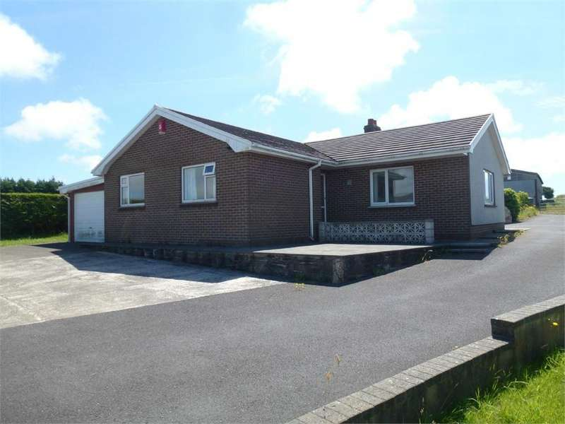 3 Bedrooms Detached Bungalow for sale in Maesgwyn, Tanygroes, Cardigan, Ceredigion