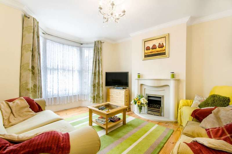 3 Bedrooms House for sale in Canning Crescent, Wood Green, N22