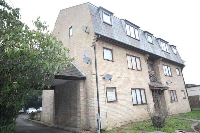 Studio Flat for sale in Wingrove Court, Broomfield Road, CHELMSFORD, Essex