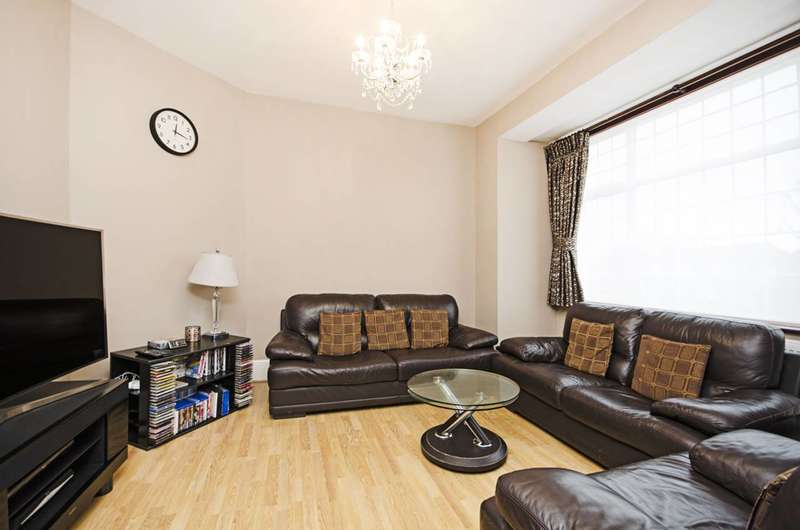 4 Bedrooms House for sale in Bowrons Avenue, Wembley, HA0