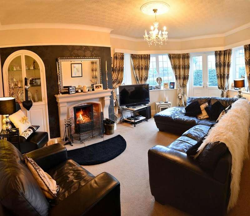 5 Bedrooms Semi Detached House for sale in Conway Road, Llandudno
