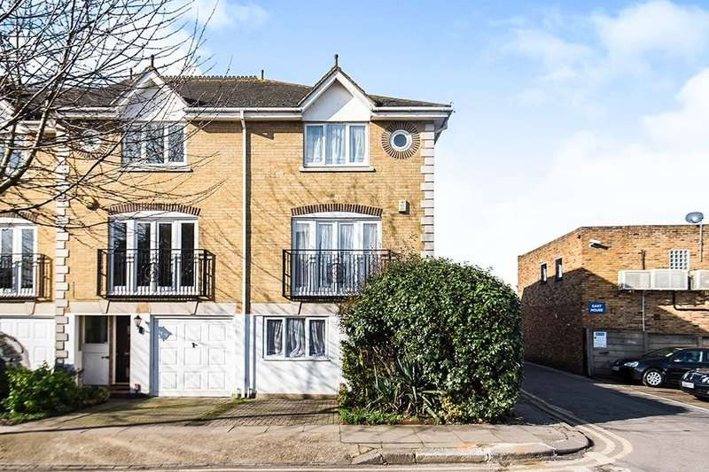 5 Bedrooms Semi Detached House for sale in Howgate Road, London, SW14