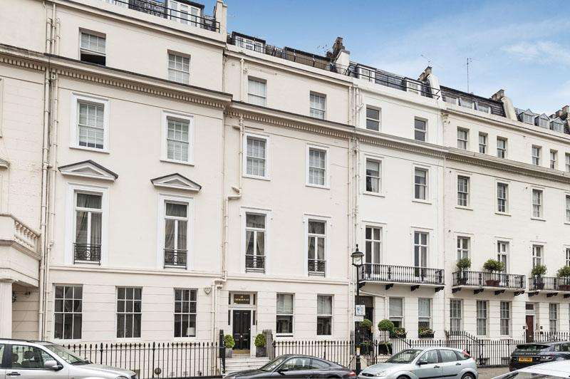 5 Bedrooms Maisonette Flat for sale in Chesham Place, London, SW1X