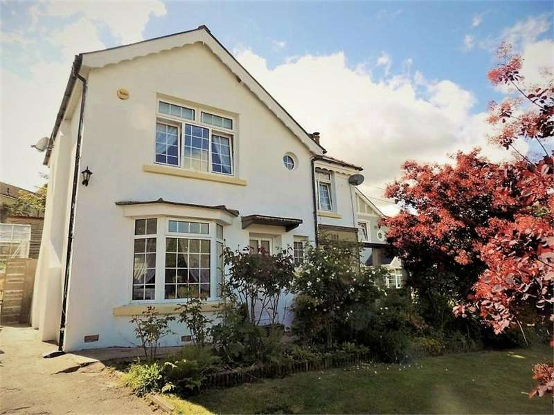 3 Bedrooms Detached House for sale in Glenboi, Mountain Ash, Mid Glamorgan