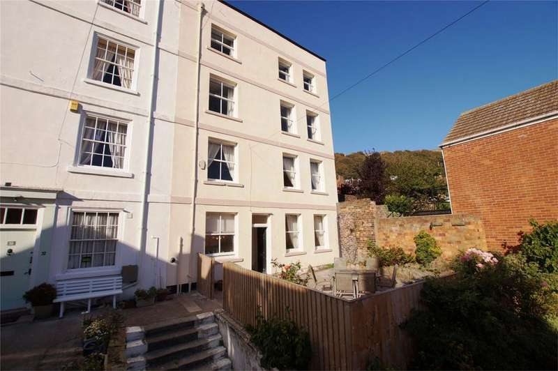 5 Bedrooms Semi Detached House for sale in Princess Street, Old Town, Scarborough
