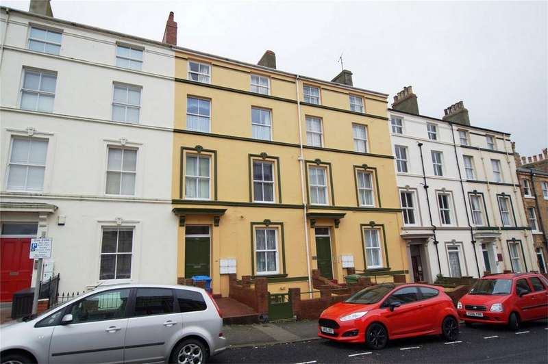 2 Bedrooms Flat for sale in 123-125 Castle Road, Scarborough